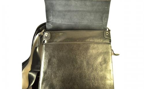 Мужская однотонная черная кожаная сумка