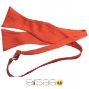 Красная завязывающиеся галстук бабочка